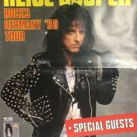 1990 - Germany - Trashes The World Tour