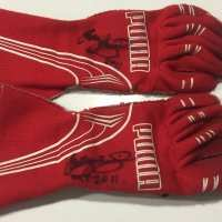 Gloves - Cameron McConville - 2011 - Holden Racing Team