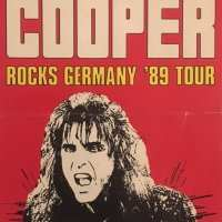 1989 - December 22 Trashes The World German Tour / Stradhalle